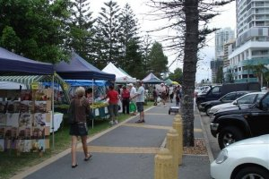 Broadbeach Beachfront Markets